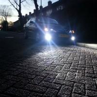 Renault Megane Coupe met USLights en mistlampen aan