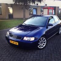 Audi A3 overdag USLights