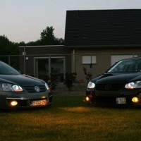 2x VW Golf V met USLights en gele mistlampen