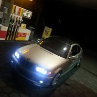 BMW e46 coupe met USLights en xenon