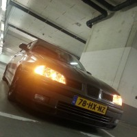 Seat Ibiza met USLights in parkeergarage