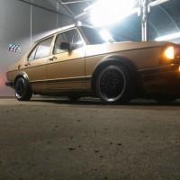 VW Jetta mk1 met dubbele USLights