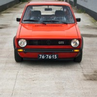 VW Golf 1 GTI-look met USLights in smalle bumpers