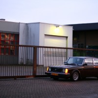 Volvo 242 GL met USLights