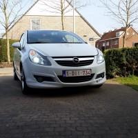 Opel Corsa met USLights en xenon RV