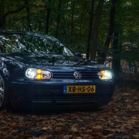 VW Golf 4 met dubbele USLights en xenon