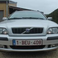 Volvo V40 met USLights aan