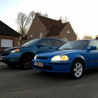 USLights Honda Civic en Honda CRC side by side