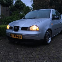USLights in Seat Arosa