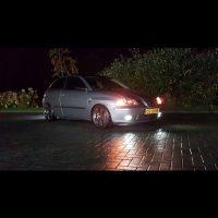 Seat Ibiza met USLights nightshot