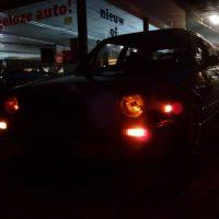 VW Golf mk2 met USLights aan, en USA Sidemarkers