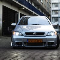 Opel Astra 2004 met USLights G Coupe