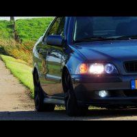 Volvo S40 met USLights en verlaagd zwarte grille