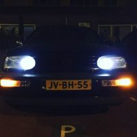 VW Golf 3 met USLights snachts