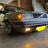 Volvo 300 serie met USLights verlaagd