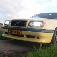 Volvo 850 T5 R 2.3 AUT met USLights en R grille