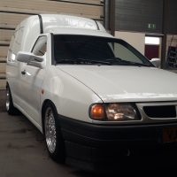 VW Caddy met USLights en LENSO velgen