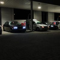 BMW 3 serie met USLights op een avond meeting