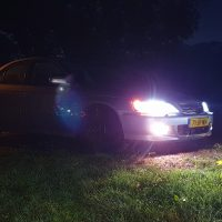 Honda Accord met USLights in de nacht foto