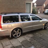V70 met USLights in sidemarkers