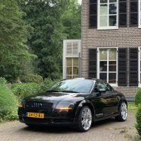 Audi TT met USLights voor Villa