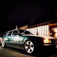BMW 5er reihe touring met USLights e34