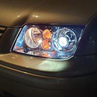 VW Bora met USLights dubbel in Xenon koplampen
